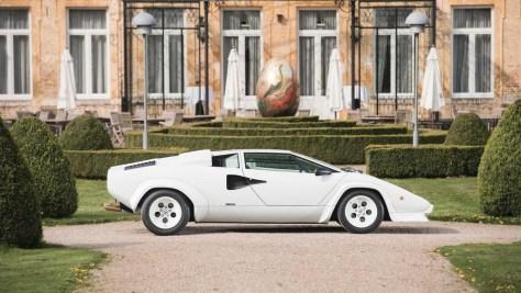 Gold Plated Lamborghini Countach 1