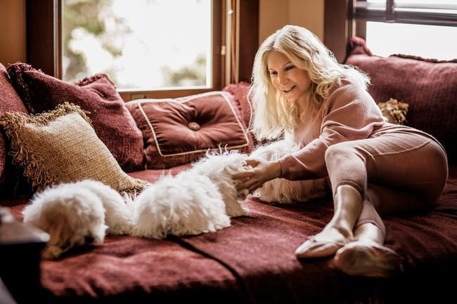 Barbra Streisand Y El Ataque De Los Perros Clones