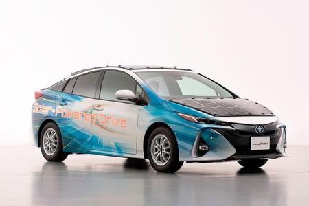 Toyota Prius Phv 03