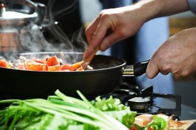 Batch cooking: los beneficios de cocinar un día para tener platos listos toda la semana