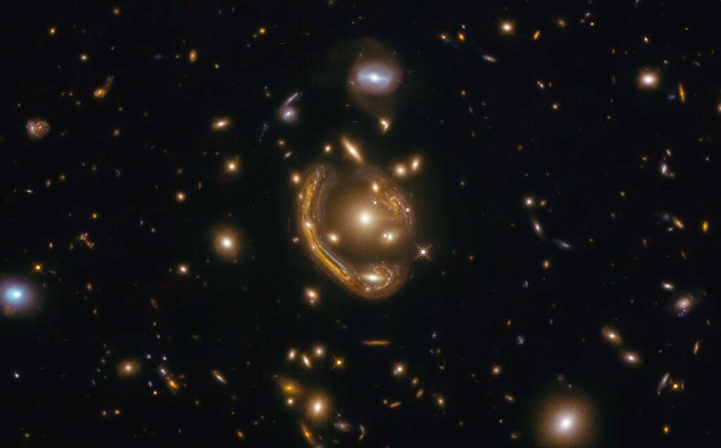 Uno de los mayores retos de la cosmología es averiguar qué le sucedió al universo durante sus primeros instantes para expandirse tan rápido