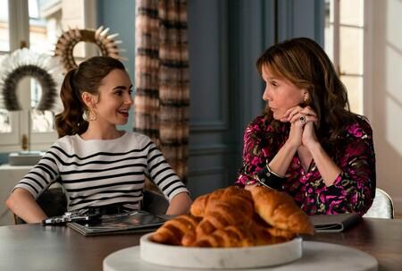 Emily In Paris 2 Croissant