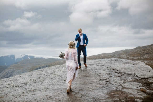 Trolltunga Wedding Session Priscila Valentina 11