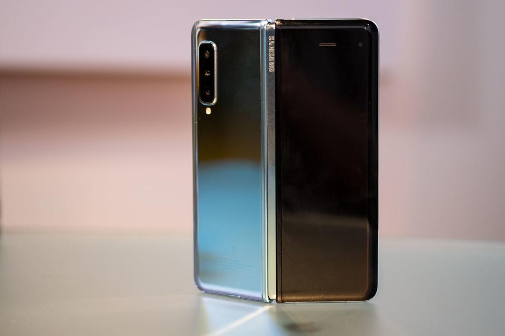 Samsung Galaxy Fold, primeras impresiones: la sorpresa de la fiabilidad y la sensación sigue de mantener el movil del futuro