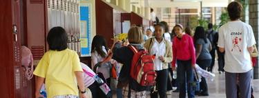 """La reacción en EE.UU. a los tiroteos en colegios: vigilancia masiva y reconocimiento de armas y """"actitudes sospechosas"""""""