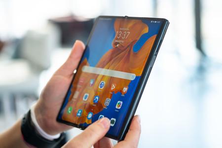 Huawei Mate Xs Abierto 01