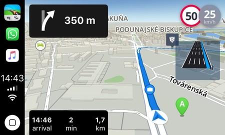 CarPlay mapas de terceros