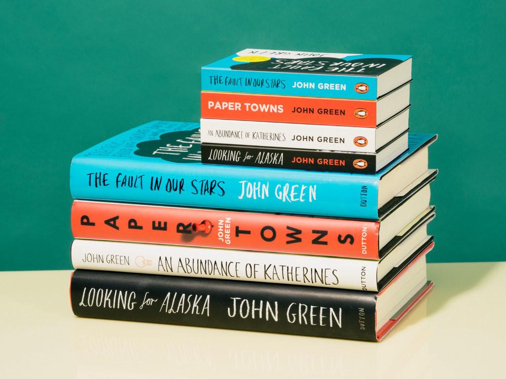 Atento a los libros en formato mini: tienen el tamaño de tu móvil y leerlos es más cómodo que nunca