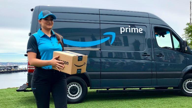 Amazon estaría metiendo paquetes falsos en sus camiones de entrega para atrapar a los repartidores deshonestos