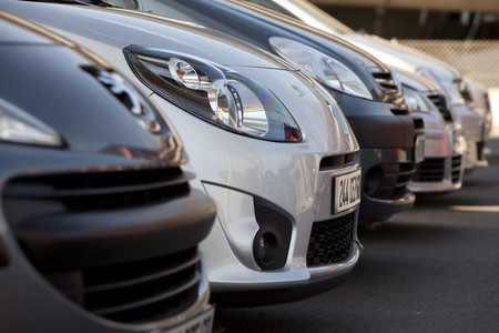 Evita timos al comprar un coche por Internet con estos X consejos