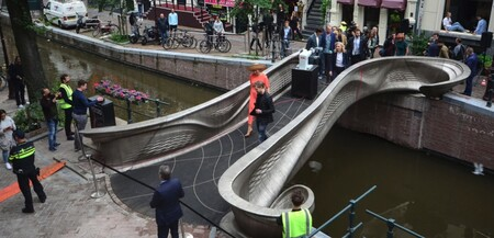 Reina Inauguracion Puente