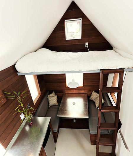 Mini Bedroom 10