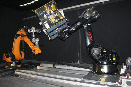 Hw In The Loop Dynamic Laboratory Set Up With Debris Mockup And Robotic Manipulator Large