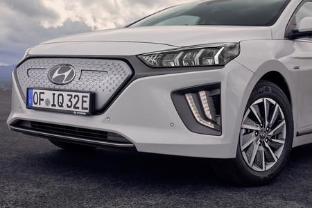 New Hyundai Ioniq Electric 24