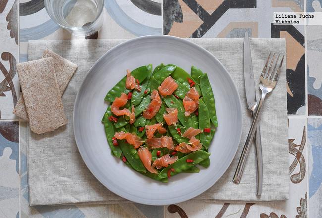 Tirabeques con salmón ahumado