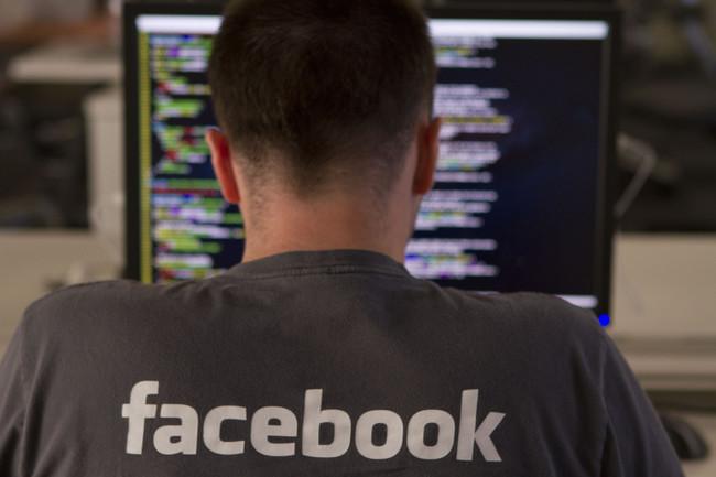 """Permalink to Los medios virales y """"cabronazis"""" reaccionan ante el plan de Facebook para 'expulsarlos'"""