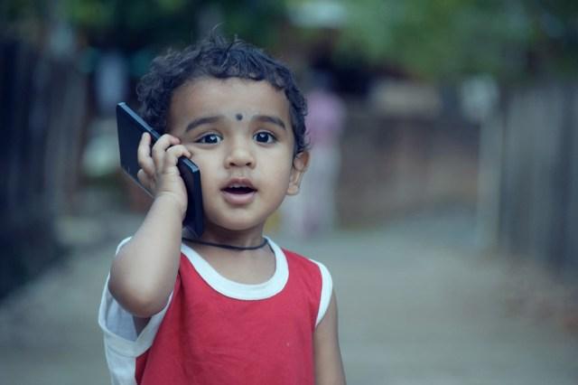 Echar a los niños de la red WiFi, la idea de Comcast para limitar el tiempo de los más chicos en internet