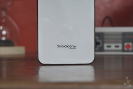 Motorolaone Review 144