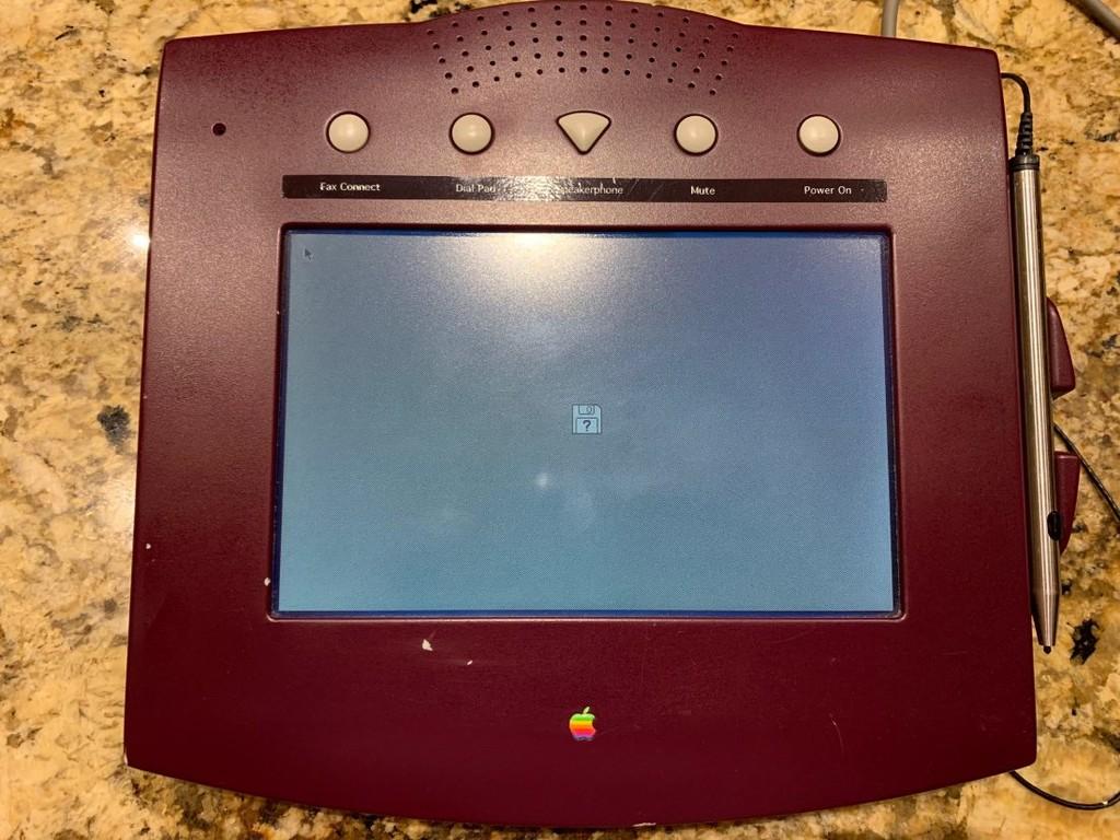 Permalink to Apple WALT, así era el ambicioso teléfono de 1993 que antecedió al iPhone y que nunca llegó a ver la luz