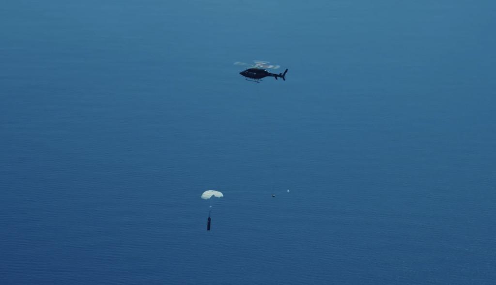 El plan de Rocket Lab para reutilizar cohetes es capturarlos en el aire con un helicóptero y lo demuestran en un trepidante vídeo