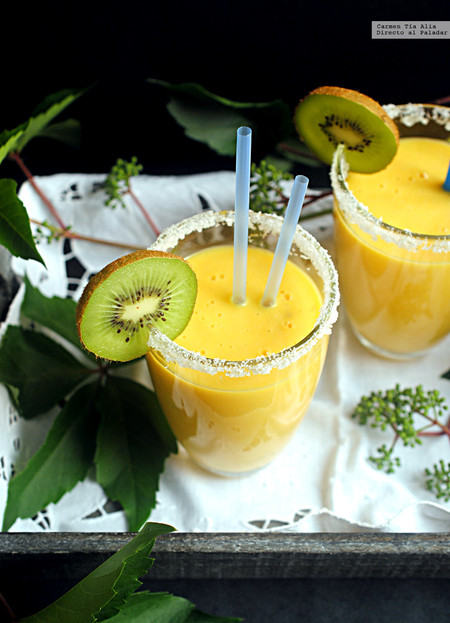 smoothie de piña, mandarina y jengibre