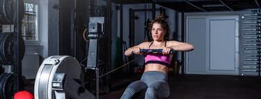 Una rutina HIIT rápida que puedes hacer en casa y en el gimnasio en solo 20 minutos