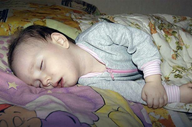 bebé-que-duerme