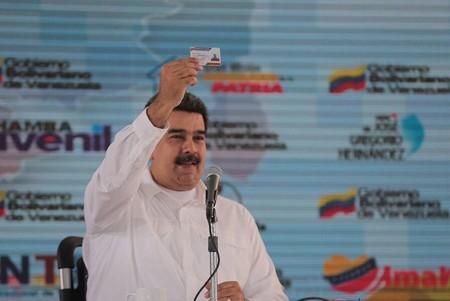 Maduro Carnet