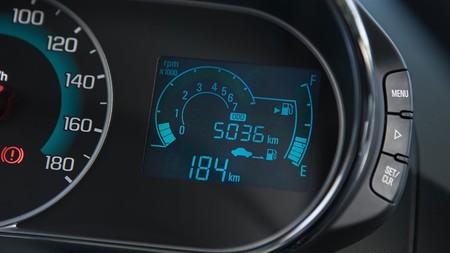Chevrolet Beat Notchback 13
