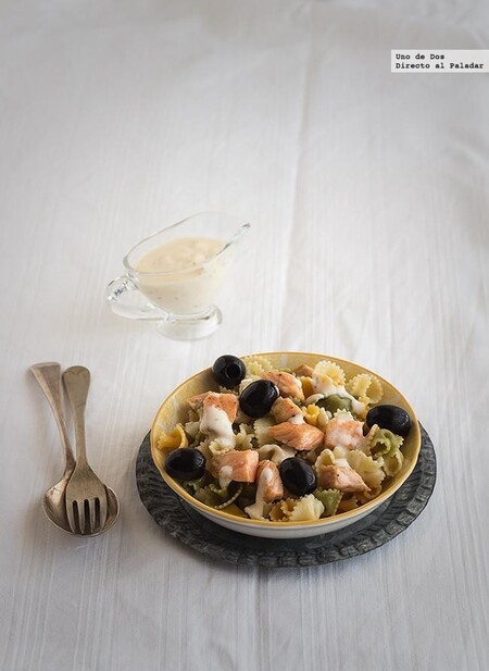 Pasta salad, salmon and light dill sauce