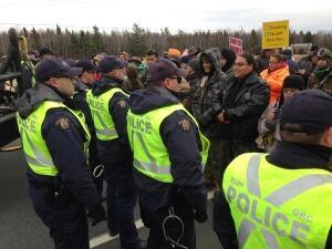 Laketon protest