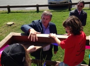 NB Premier David Alward with children in Doaktown