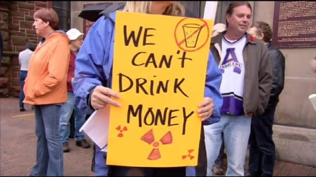 Protesters against Amherst taking treated wastewater from fracking sites.