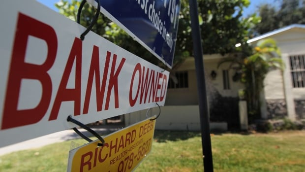 A new study from the Centre for Policy Alternatives suggests Canadian homeowners under 40 will take a major financial hit if real estate prices come crashing down, but experts say most will be able to weather the storm without foreclosing just by staying put and being patient.