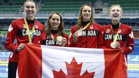 Canada-Relay-Swimming-Bronze