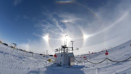 antarctic-ice-melt-field-camp