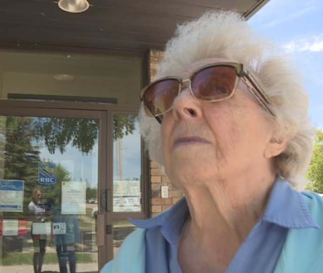 Sheila Mcdonald 93 Is Struggling With The News The Only Bank In Her Hometown Of Invermay Sask Is Closing Down Micki Cowan Cbc