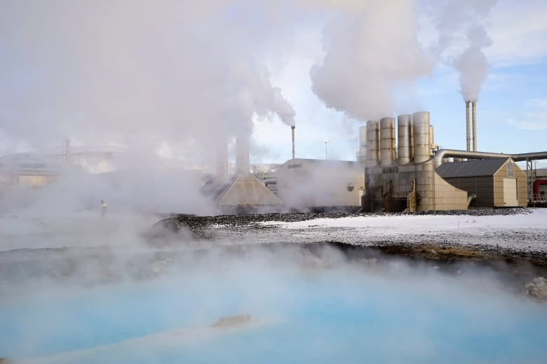 Bitcoin mining could cancel out climate change efforts, scientists say iceland bitcoin mining