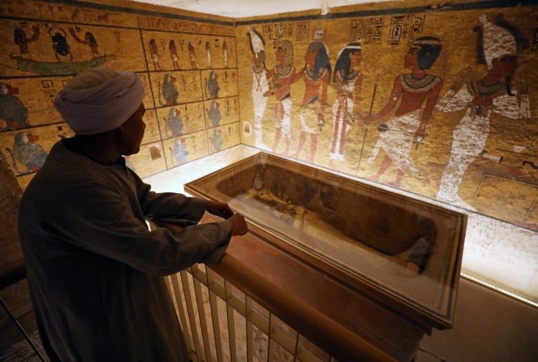 King Tut Tomb Unveiled After Restoration Cbc News