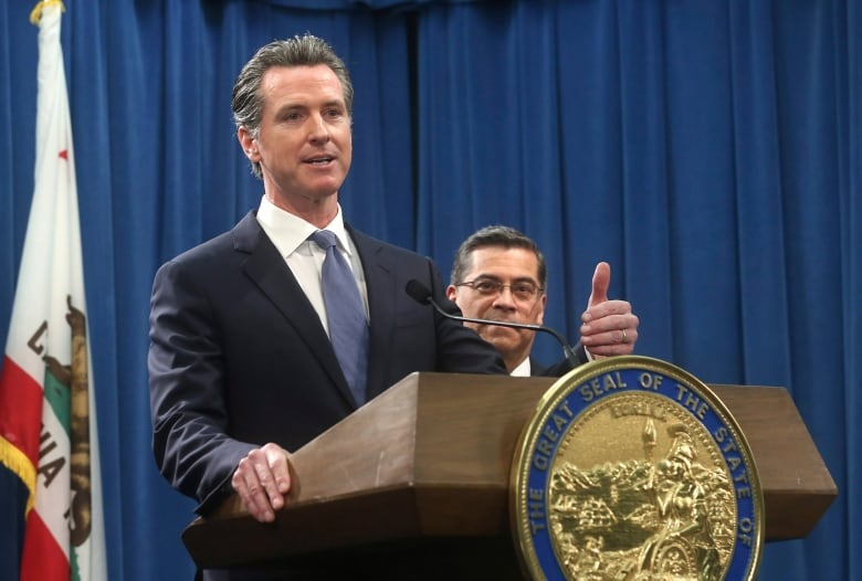 trump border security california - Trump administration, California headed for pitched battle on auto mileage standards