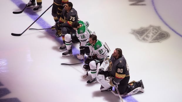 Stars, Golden Knights players kneel for anthems as protests gain momentum at NHL restart | CBC Sports