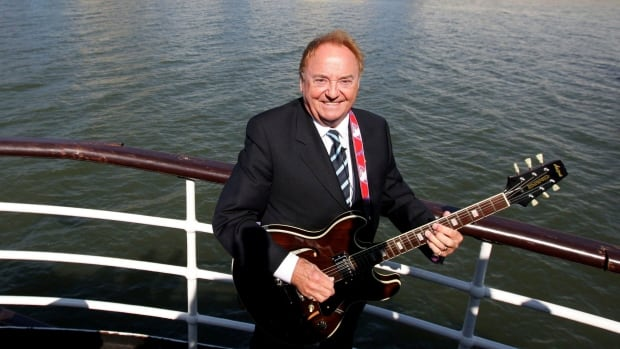Gerry Marsden, U.K. singer of You'll Never Walk Alone soccer anthem, dies at 78   CBC News