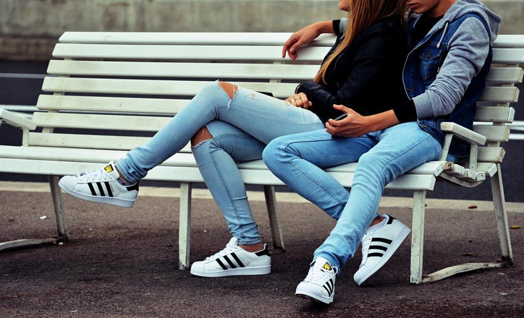 Adolescenti Loic Djim Unsplash
