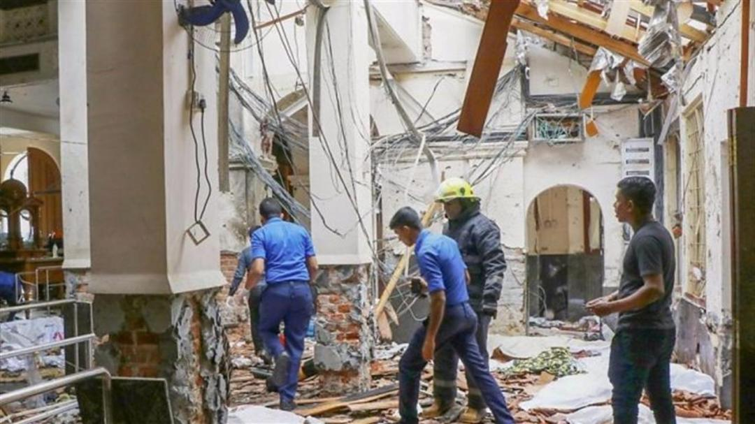 Sri Lanka Attacks Country Under Curfew After Bomb Attacks Kill 200 8211 Bbc News 696X392