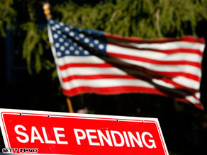 A sale pending notice posted in front of a home in San Rafael, California.