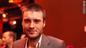 Mashable's Pete Cashmore says real-time communication, Internet TV and social gaming will be big in 2010.