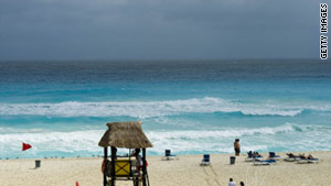 Mexico's goal is to have 4 million more visitors than last year, despite ongoing drug violence that prompted travel warnings.