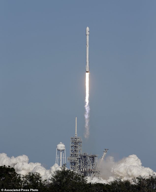 A Falcon 9 SpaceX rocket carrying a Koreasat 5A communications satellite lifts off at the Kennedy Space Center in Cape Canaveral, Fla., Monday, Oct. 30, 2017.