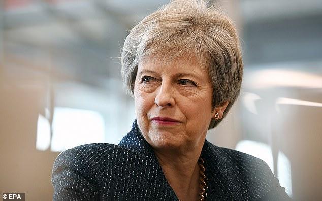 Theresa May aura une semaine difficile devant elle pour convaincre ses collègues du DUP si un accord sur le Brexit ne peut résoudre leurs problèmes avec les propositions relatives à la frontière irlandaise