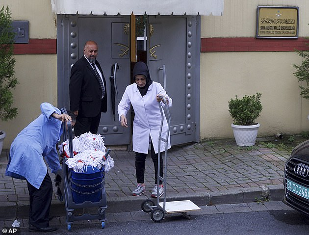 A team of cleaners entered the Saudi consulate in Istanbul today ahead of an inspection by Turkish and Saudi officials